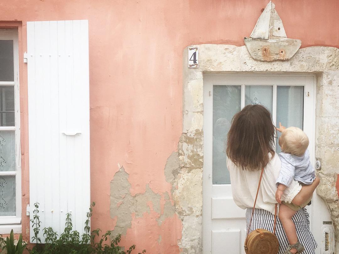 Alexandra, maman de Lucien, 19 mois – travaille dans le mécénat à la Cité du Vin.