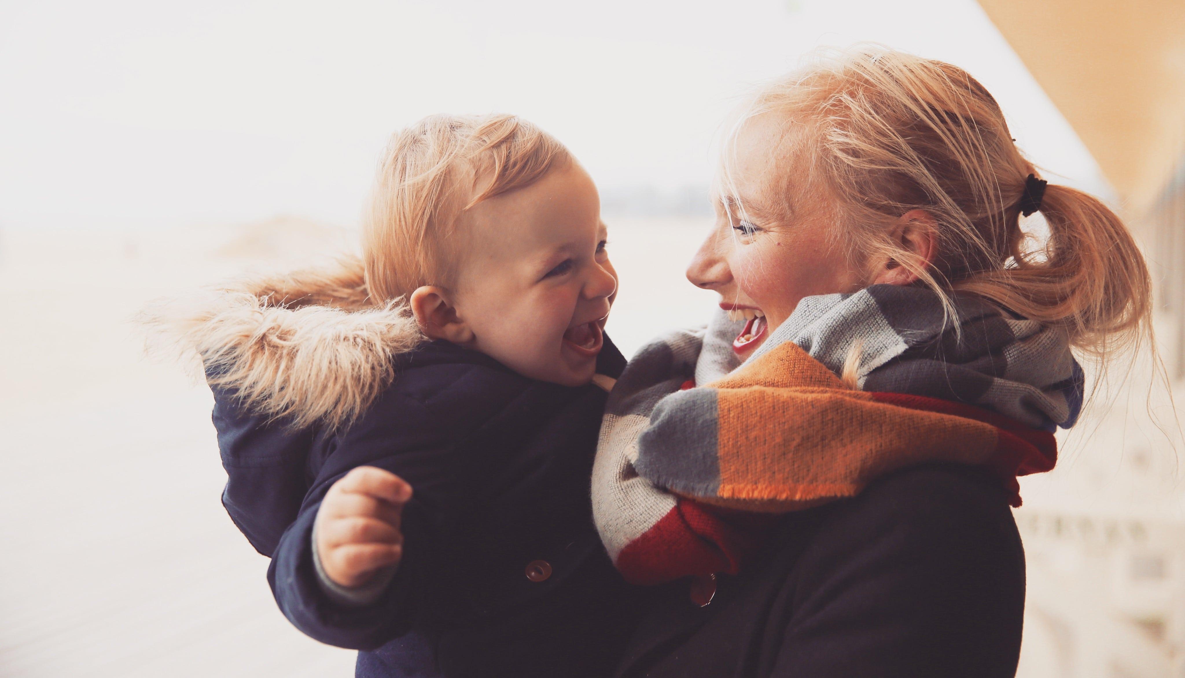 Stéphanie, maman de Valentin, 3 ans, enceinte de son deuxième baby – Serial traveleuse , en expatriation à Miami.