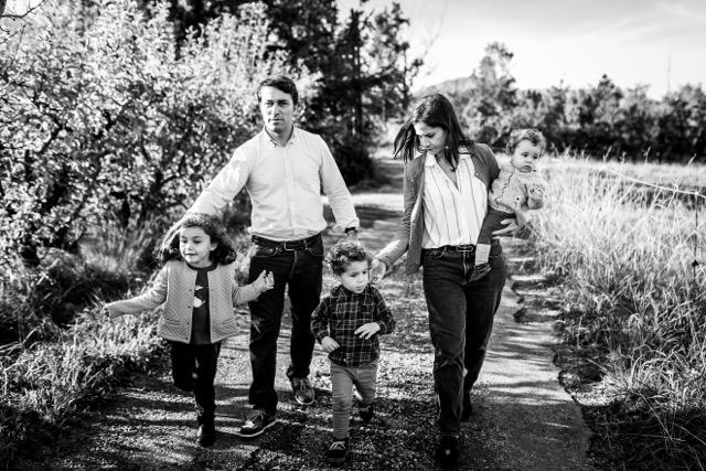 Sara, maman de Suzanne, 5ans, Auguste 4 ans & Léonore 1 an- Fondatrice de SUZANNE Ceremony